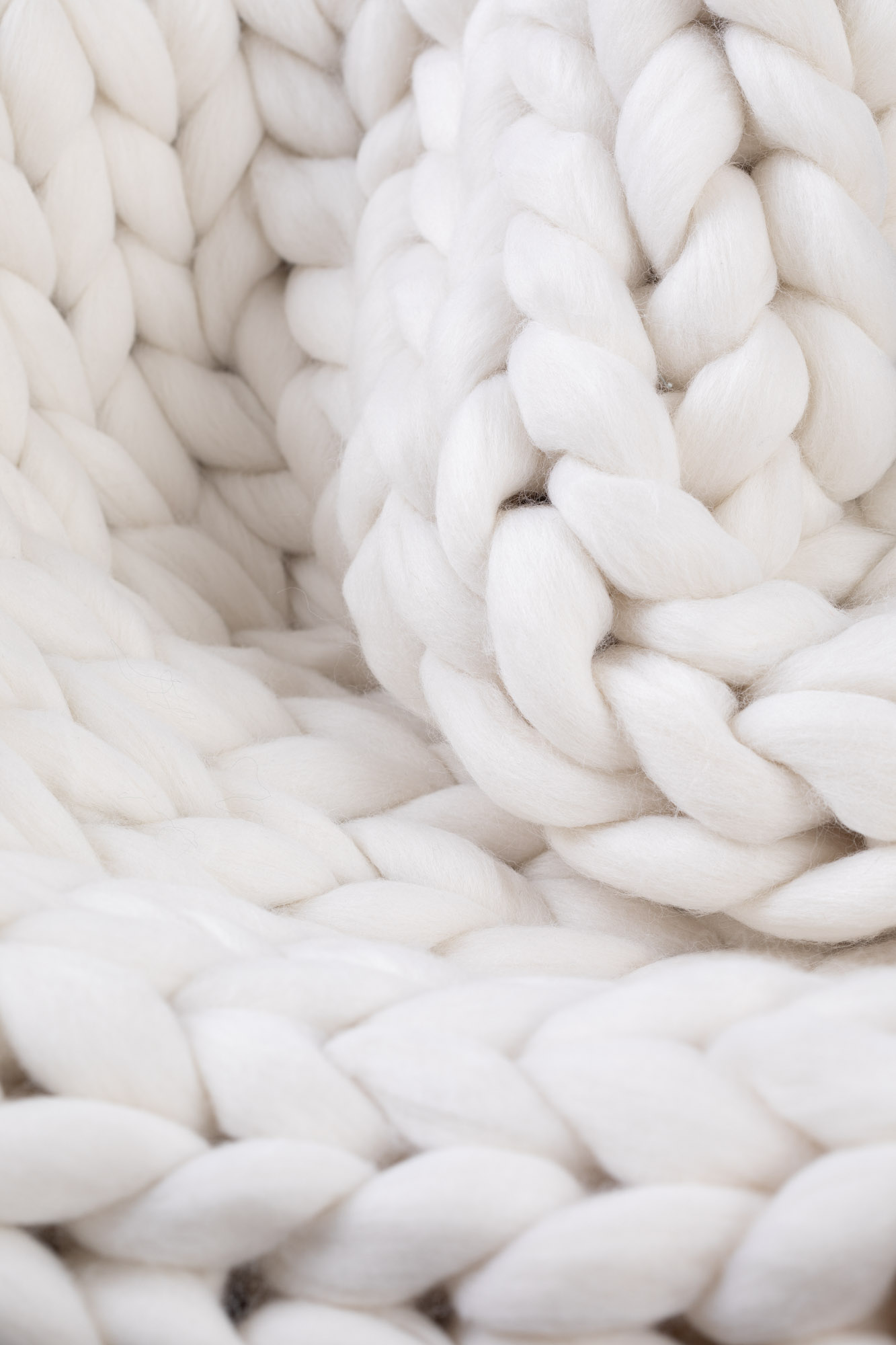 CUP OF TEA MERINO WOOL CHUNKY BLANKET WHITE